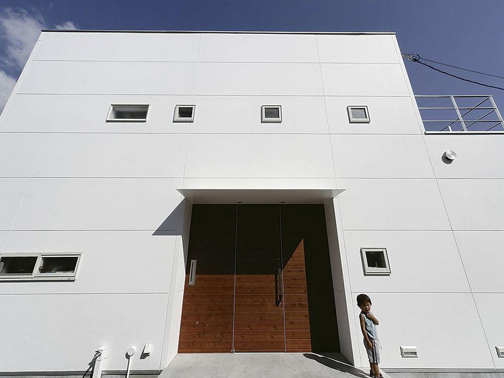 CASE160 光と風が吹き抜ける住宅