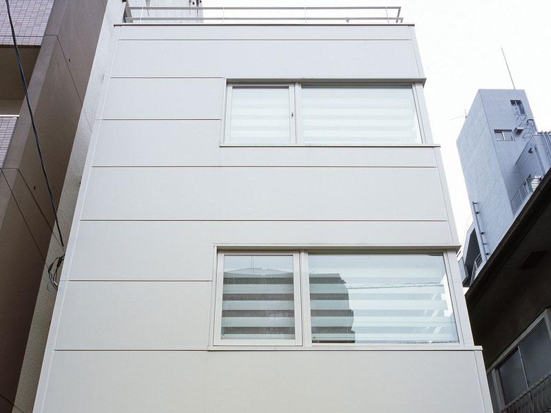 CASE168 採光とプライバシーを両立した都市型住宅