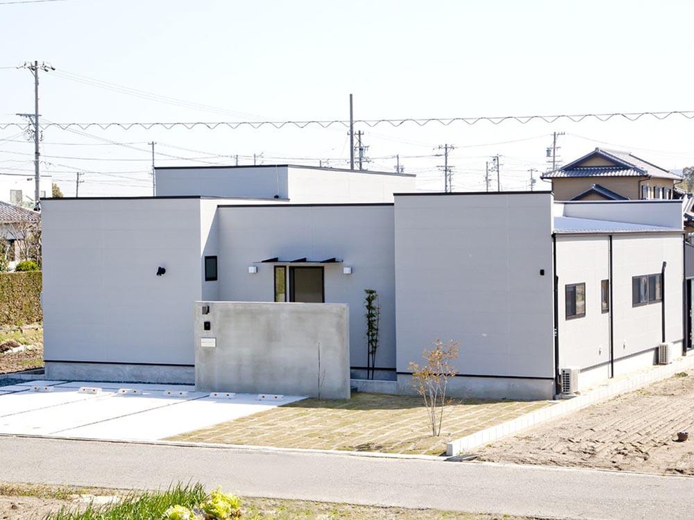 CASE297 「外」を持つ家