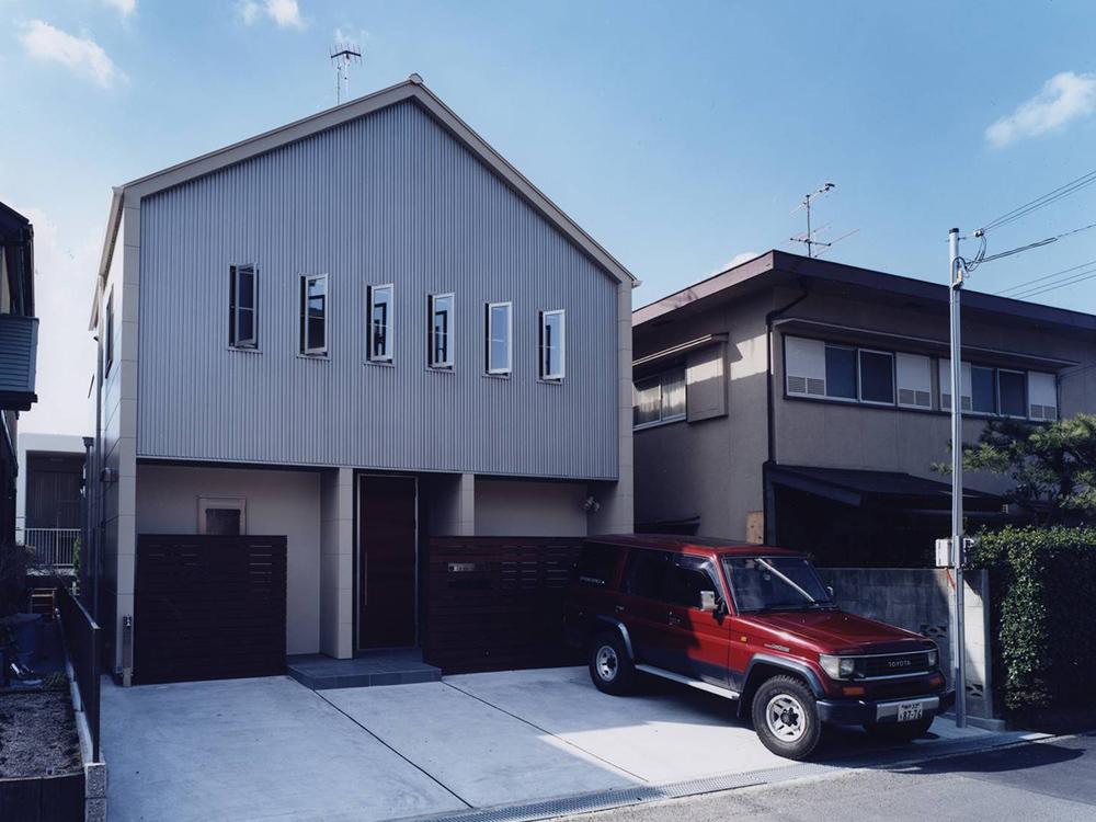 CASE2 カジュアルなローコスト住宅