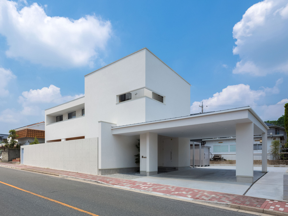 CASE363 水平の家