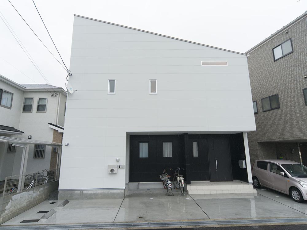 CASE466 片流れの家