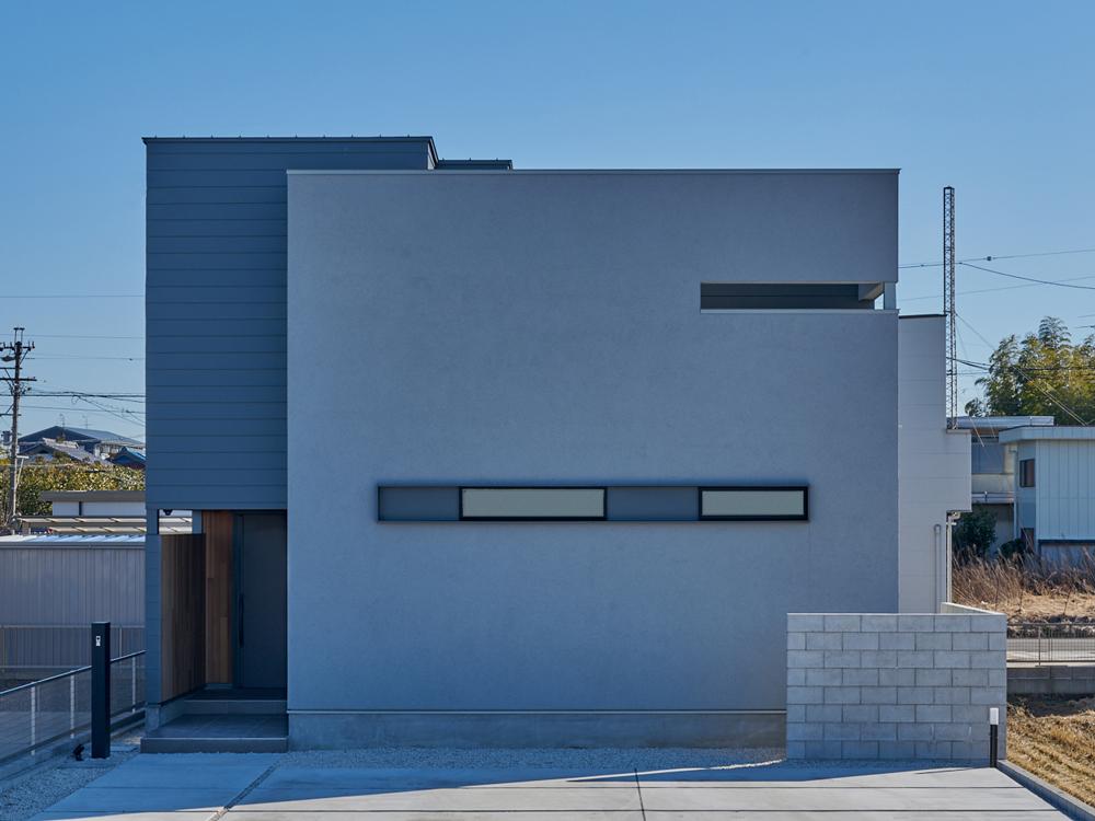 CASE670 静かな形の家