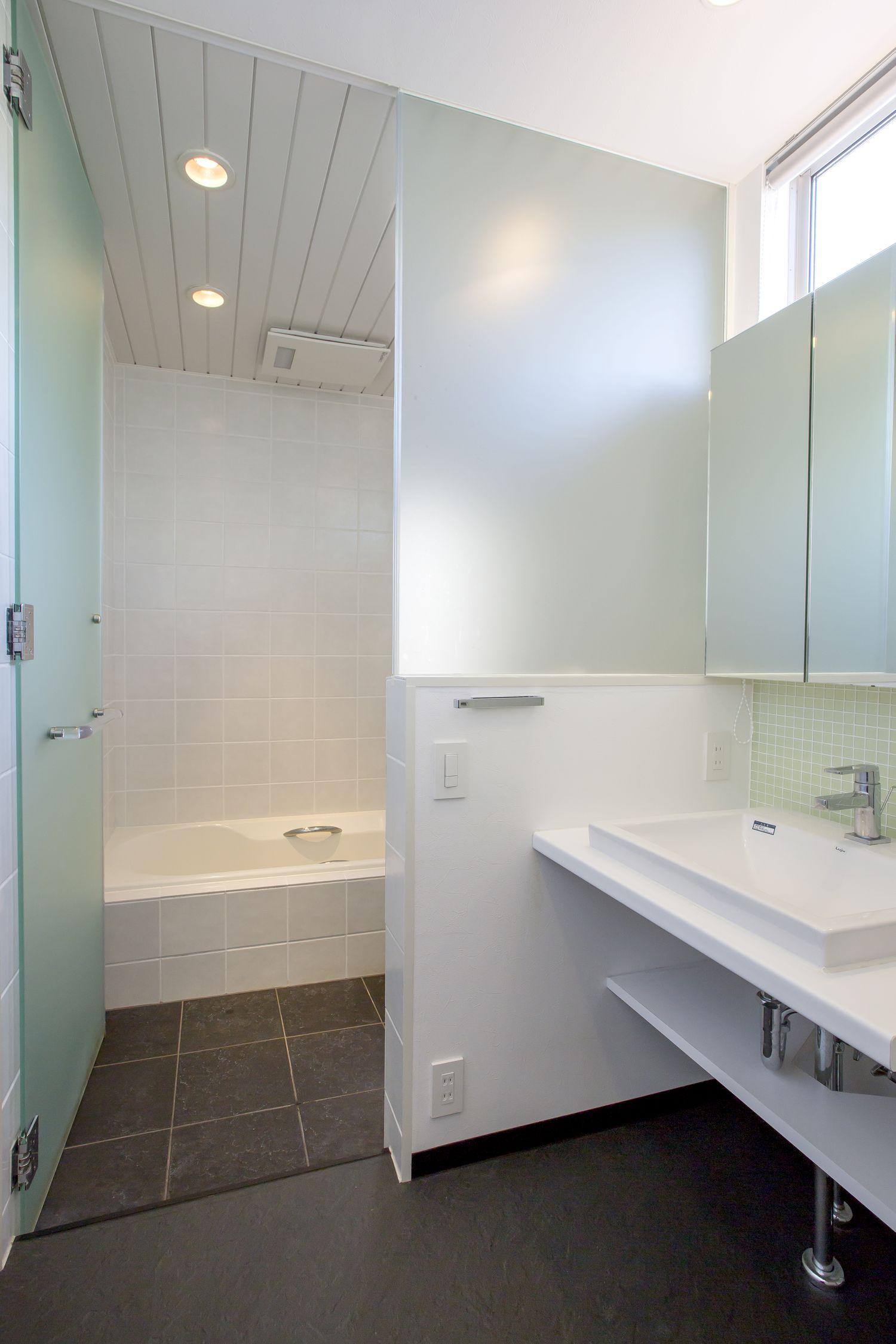 注文住宅・デザイン住宅建築実例_浴室・洗面