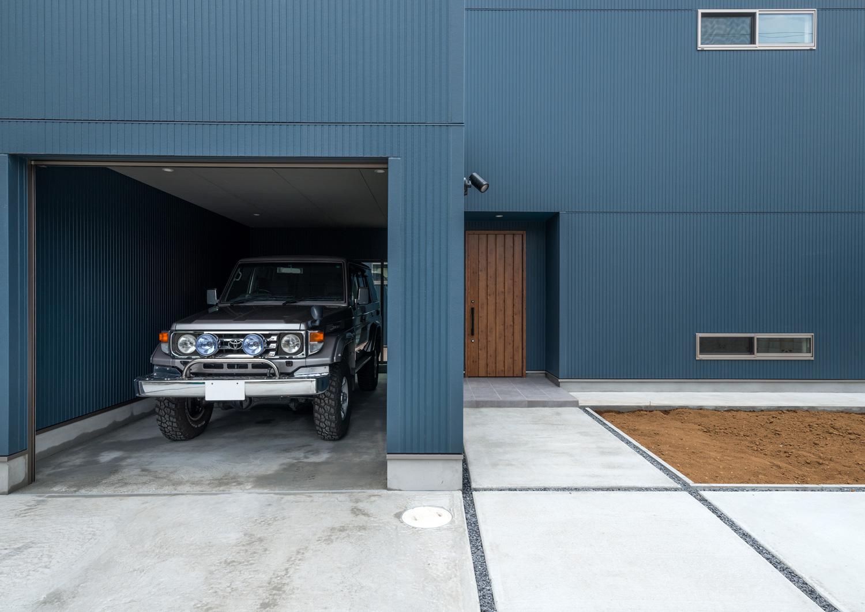 注文住宅・デザイン住宅建築実例_ガレージ
