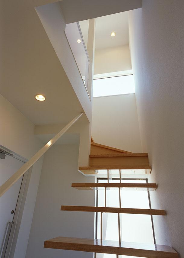 注文住宅・デザイン住宅建築実例_階段
